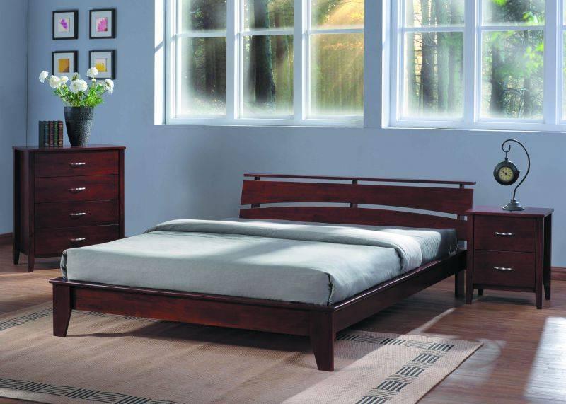 Спальня для молодой семьи с простым декром интерьера - Шарлотта